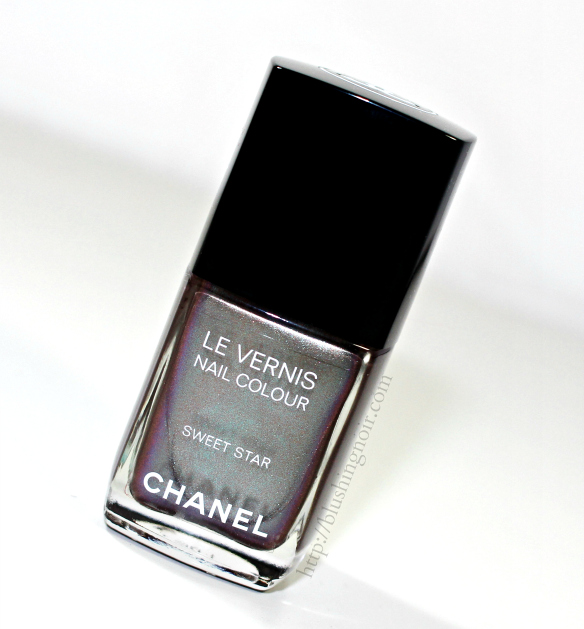 Chanel Sweet Star Le Vernis Nail Polish review