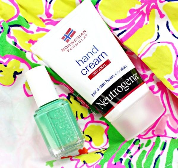 NEUTROGENA® Norwegian Formula Hand Cream review #7DayManiStay